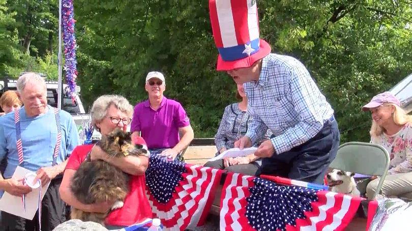 Sweet Tart the feline mayor of Omena, Michigan